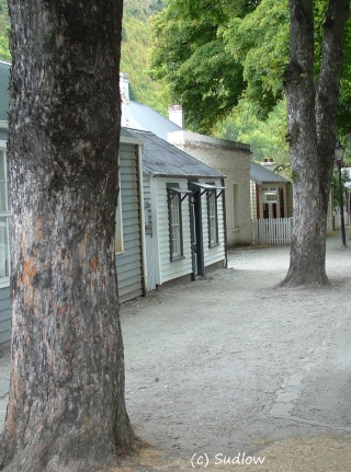 Arrowtown street