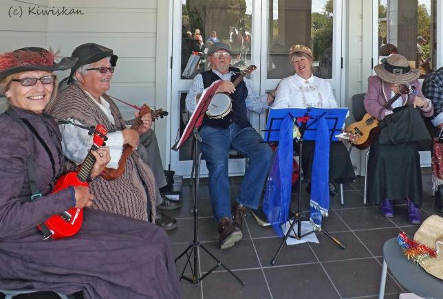 ukulele band