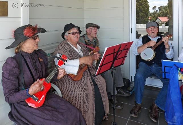 ukulele band3