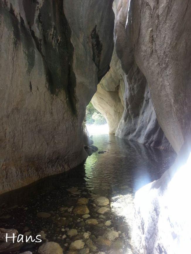 Sawcut Gorge2