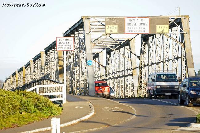 Whanganui River bridge