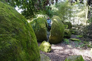 whitecliff boulders six